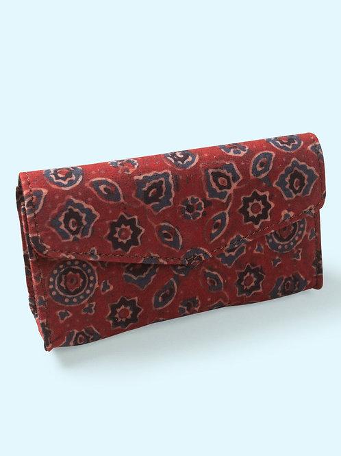 Crimson eyewear case cum handclutch