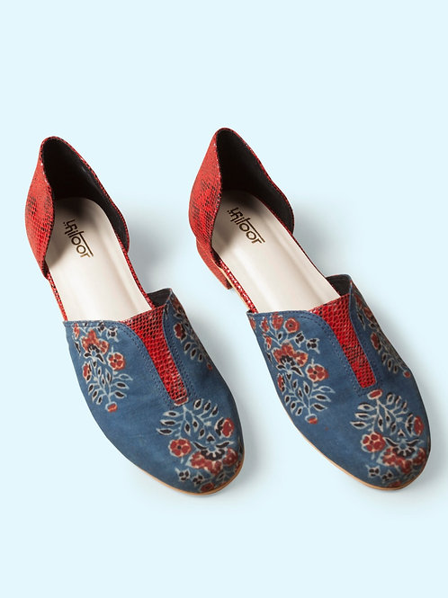 Prominent Blue & Red Loafers