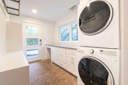 10 - Laundry-4259