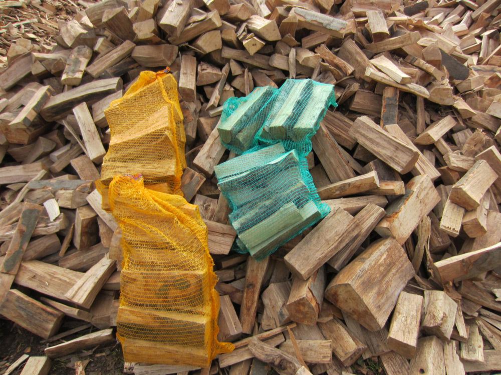 Brennholz unterscheiden wir ...