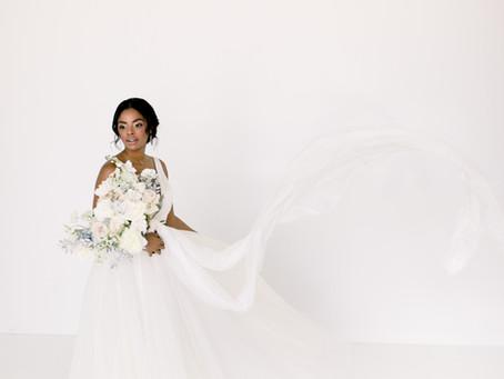 Monochromatic Modern Wedding Inspiration, Supply Manheim
