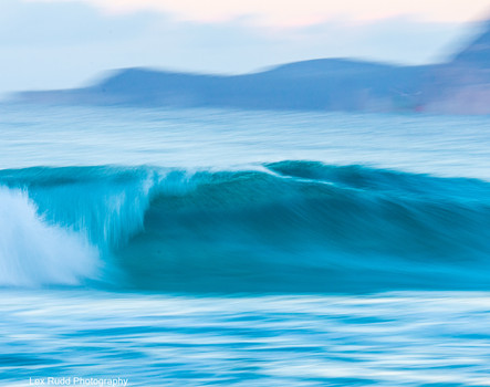 Wave action by Lex Rudd