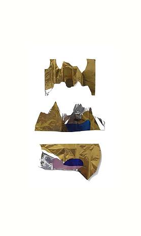 Três dourados, 2017. Colagem de papel metalizado. 123 x 75 cm. Tríptico