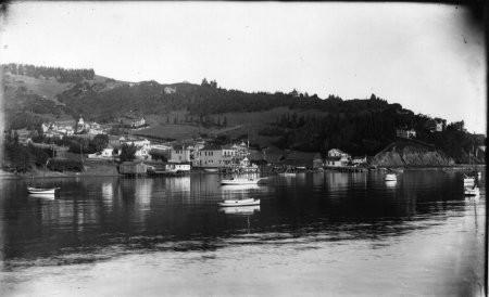 Brixen and MumphreyBoatyard 1900