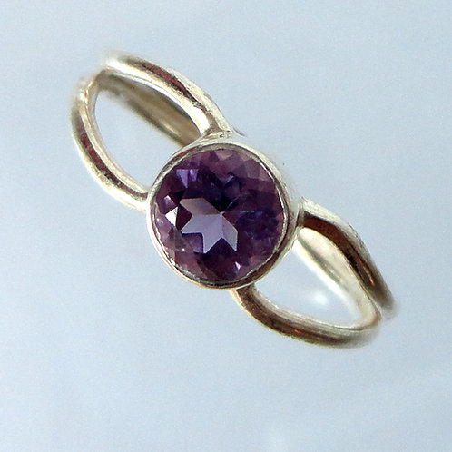 Handmade Dainty Silver Ring - 2156