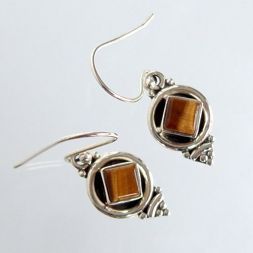 1042  925 Sterling Silver Earring Online India