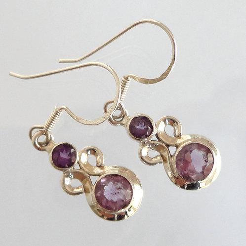 1061 Contemporary Gemstone Jewelry