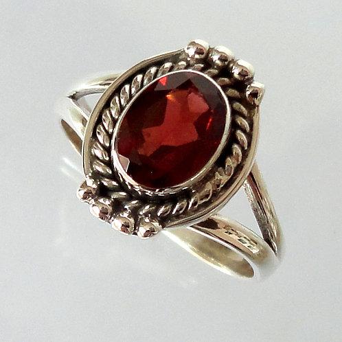 2121 Garnet Silver Rings