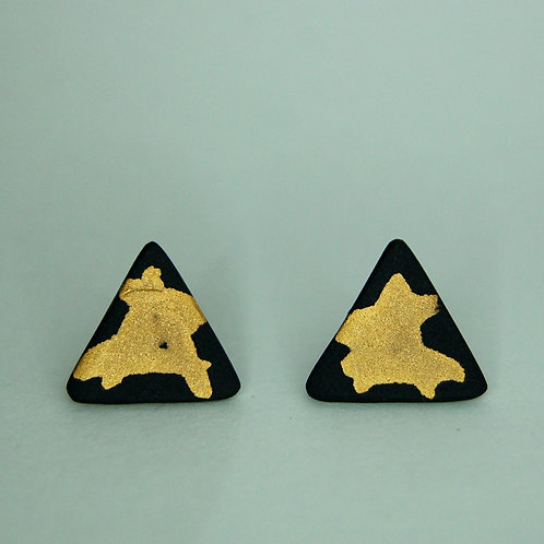 REAL GOLD & NUDE PORCELAIN TRIANGLE STUDS