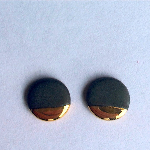 nude black & real gold studs