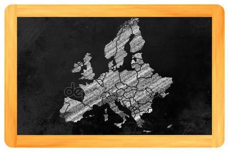 PENSIAMOCI BENE: NON ABBIAMO UNA CAPITALE EUROPEA