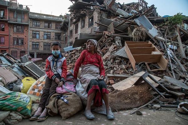 persone-senza-casa-terremoto-nepal.jpg