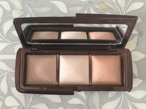 Beautiful Hourglass ambient lighting palette - the perfect natural powder finish for bridal makeup