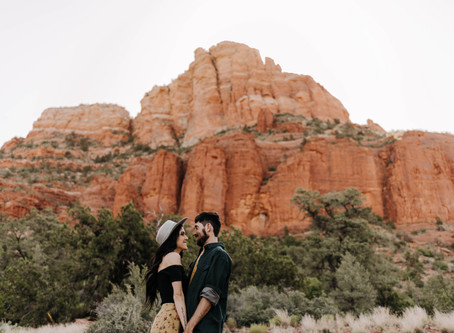 How to Plan Your Engagement Photos in Sedona