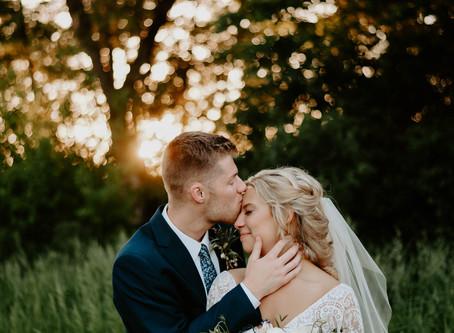 Planning a Wedding Timeline