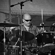 Pavel bicí