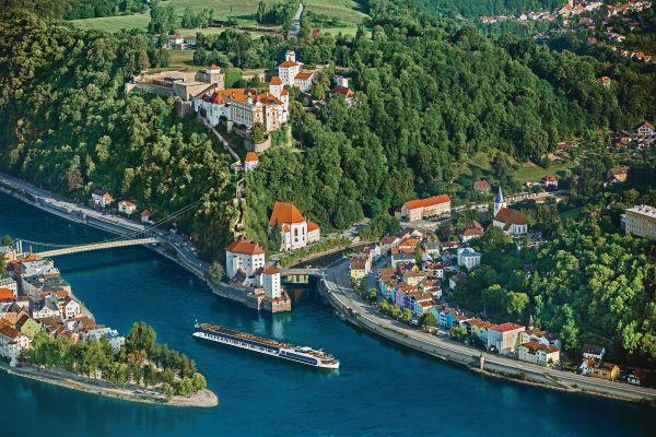 Choose a river: the Danube near Passau