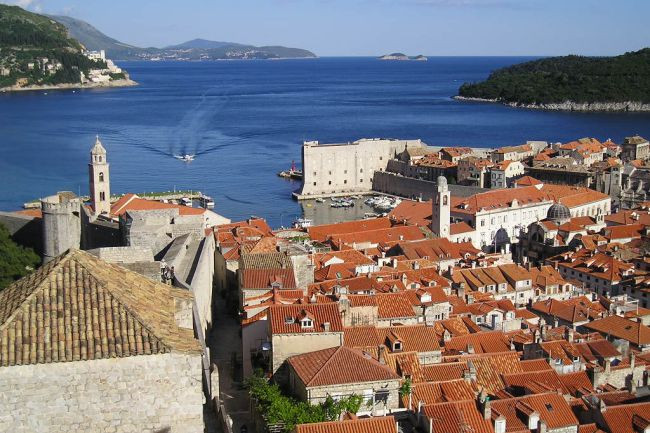 Get these tips to avoid the crowds in Dubrovnik this summer!