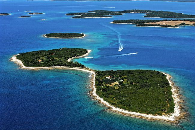 From trendy and busy to remote and uninhabited, there is a Croatian island waiting for you.
