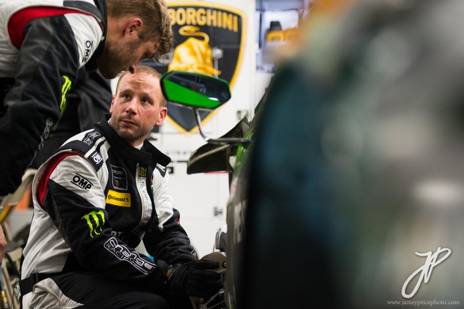 January 27-31, 2016: Daytona 24 hour: Change Racing Lamborghini mechanics