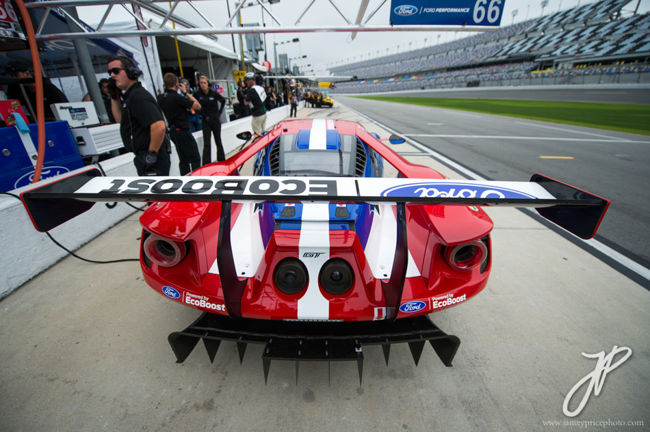 January 7-10, 2016: IMSA WeatherTech Series ROAR: Ford GT detail