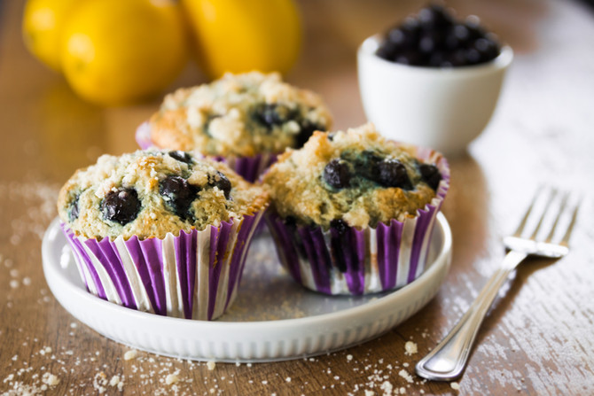 RIDICULOUSLY DELICIOUS VEGAN BLUEBERRY MUFFINS