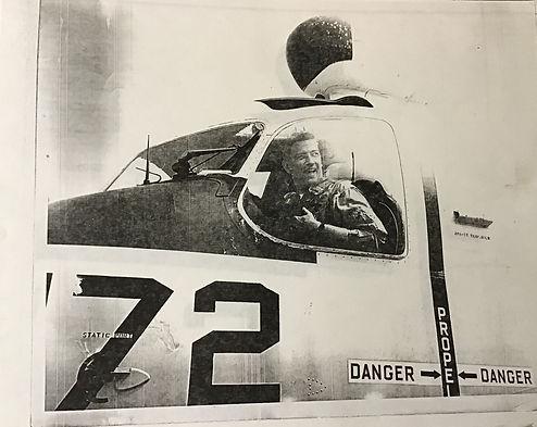 Ralph Kenney plane.jpeg