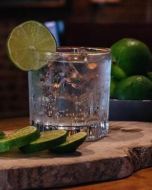 cocktail-4307170_1920.jpg