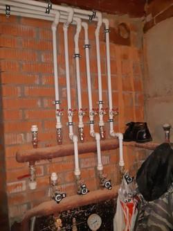 Монтаж коллектора системы отопления