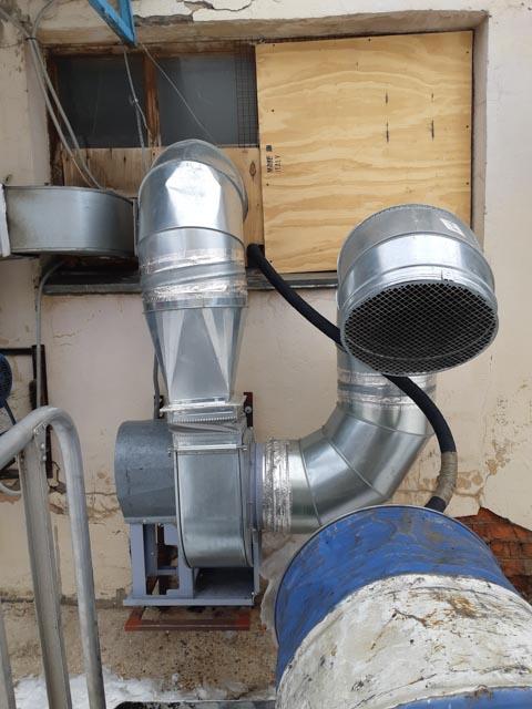 Монтаж вытяжной вентиляции цеха