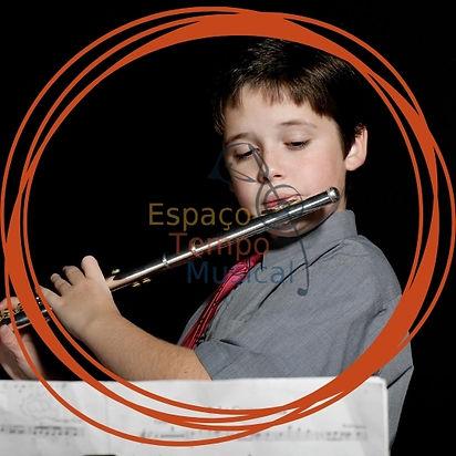 aulas de flauta para iniciantes.jpg