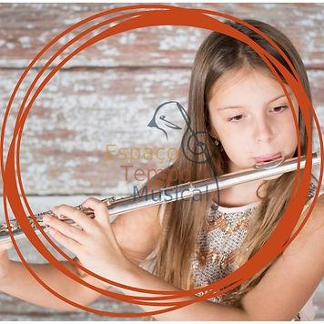 aulas de flauta transversal.jpg