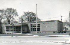 Mid-century Cudahy, WI public library