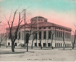 Double-sized postcard of the Lincoln, NE Carnegie Library.