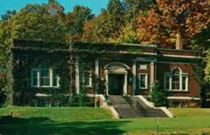 Geo. L. Pease Memorial Library of Ridgewood, NJ
