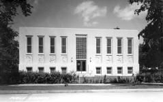 Grand Rapids, MN Carnegie library, remodeled in Art Deco style