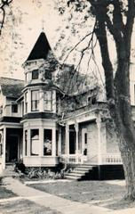 'Silvercraft' postcard of the Thompson Home Library in Ithace, MI