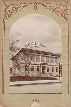 Postcard folder featuring te Mattoon Carnegie library on its cover.