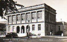 Elisha D. Smith Library, Menasha, WI