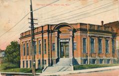 Albert Lea, MN Carnegie library on corner lot