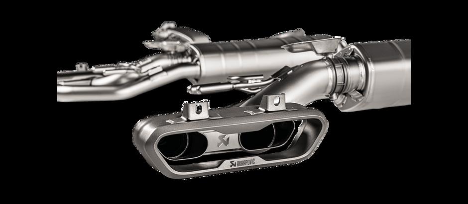 Sistema Evolution line Akrapovič para Mercedes AMG G63-G500 (W463A) OPF/NO OPF