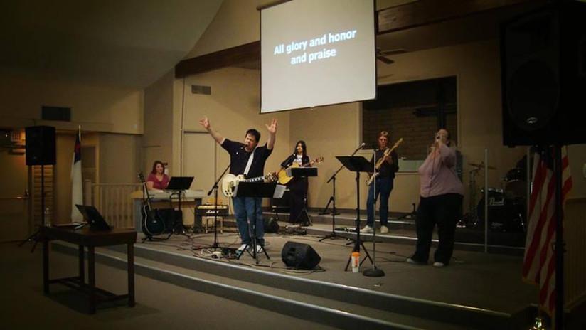 BNC Worship circa 2012.jpg