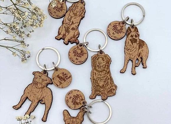 Porte clés en bois race de chien