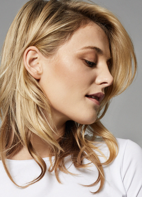 Womens fashion, white t-shirt, blond girl, Photographer Christina Bull