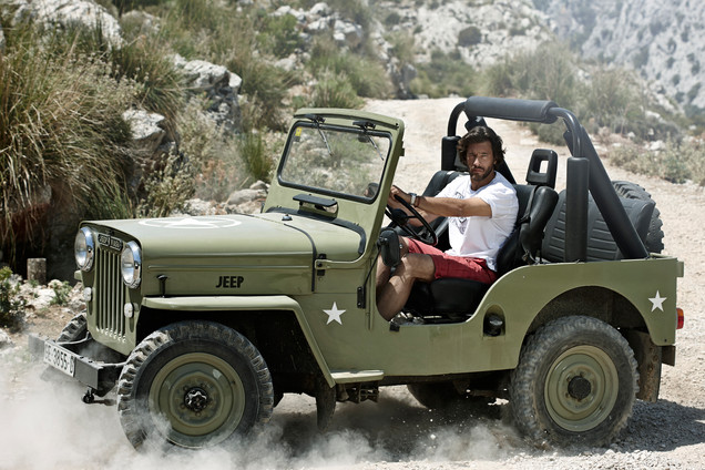 Bison mens fashion, outdoors fashion, mountains, jeep, mallorca, spain, Photographer Christina Bull