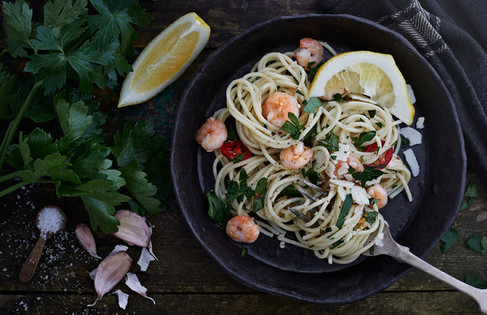 Spagetti with prawns, lifestyle, food photographer Chrsitina Bull