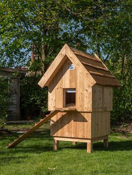 Kippenhok medium met houten dak €589,-
