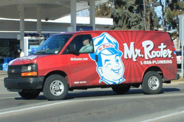 carner брендирование фургона