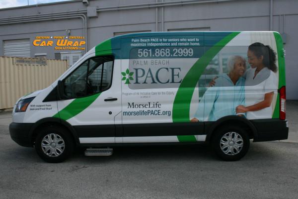 carner брендирование микроавтобусов фото