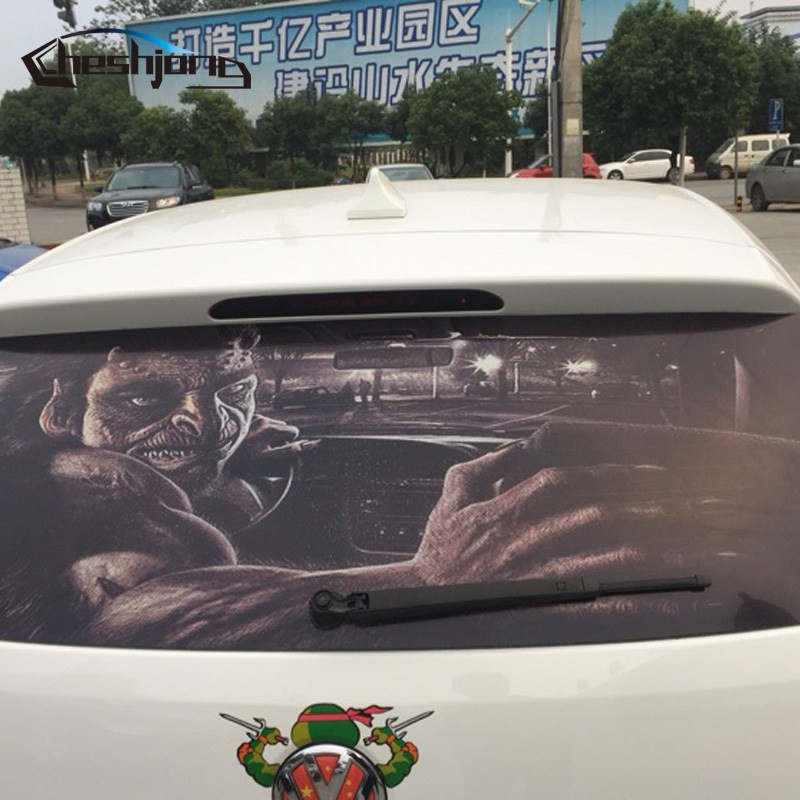 Реклама на стекле авто